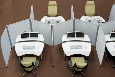 Space saving, while giving a sense of personal space, Okamura Cruise Workstation