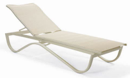 0195 - Outdoor Chaise Lounge Chair